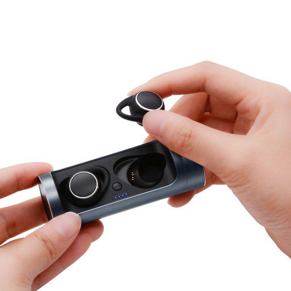 Bluetooth earbuds слушалки малки