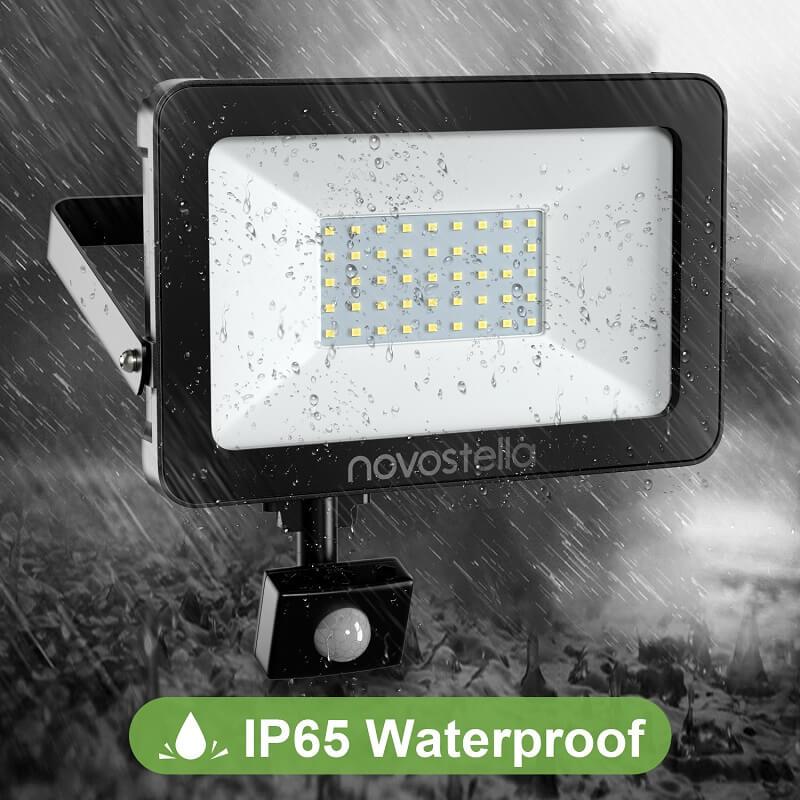 водоустойчив прожектор за външна употреба